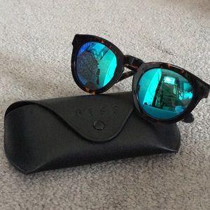 DIFF Dime II Sunglasses